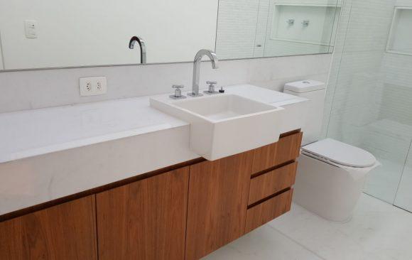 tampo banheiro - branco ariston